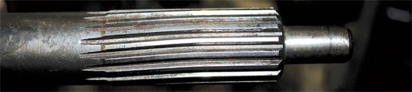 A twisted Hemi input shaft. These are extremely heavy-duty shafts that require enormous abuse to bend. However, where there is a will, there is a way!