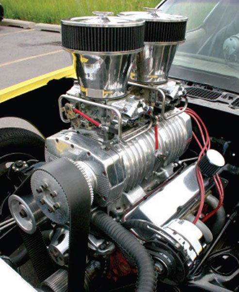 """The classic hot rodder's """"blower,"""" the Roots supercharger is a positive-displacement compressor that mounts directly to the intake manifold. (Nate Tovey)"""