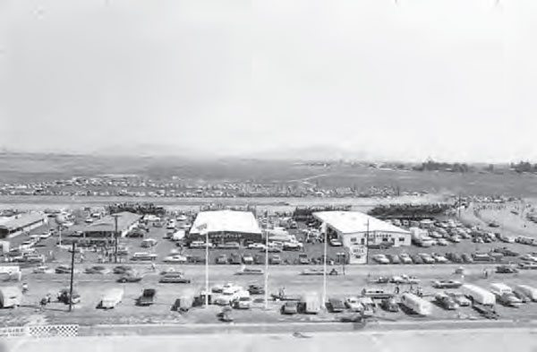 During drag racing events, racers and spectators filled Riverside's huge facility. The track had its most successful seasons under the management of former pro football player Les Richter, who ran Riverside from 1963 to 1983. The track only lasted a few more years after he left. (Photo Courtesy Riverside International Automotive Museum and Petersen Automotive Museum)