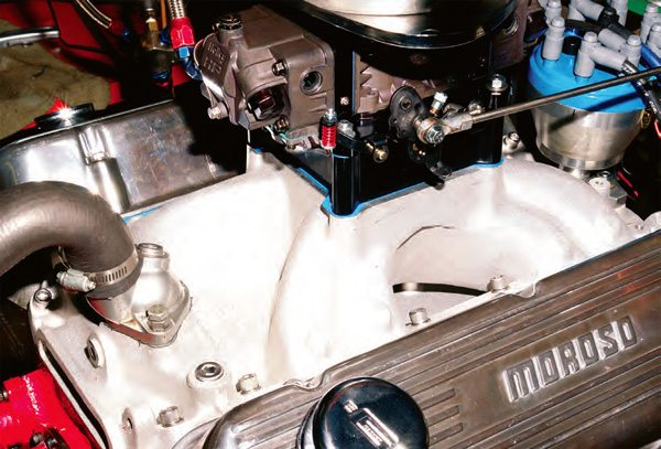 To make your carb work its best, be sure to select an efficient intake manifold. A single-plane on any big-block of 454 inches or more works fine for the street, as a correctly built engine still has the low-speed output to overpower street tires.