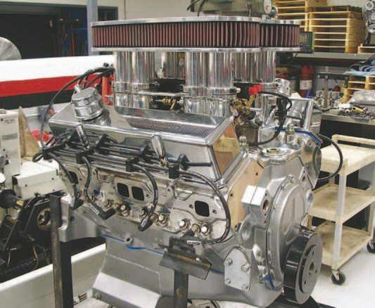 Fig. 1.16. This 383-ci small-block Chevy is equipped with a Hilborn EFI system with short stacks and air cleaners. Yes, with EFI, you really can have it all. This engine was built and tuned by Beck Racing Engines.
