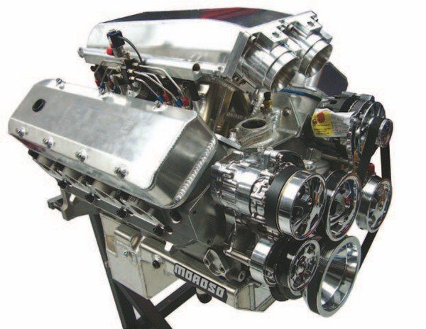 Fig. 3.16. The custom Hogan manifold was built for this all-aluminum 540-ci big-block Chevy. It is expected to make more than 1,000 hp on 91-octane fuel with a wet single-stage shot of nitrous, which is brought in progressively. Beck Racing Engines built and tuned this engine. (Photo Courtesy David Segunda/Wilson Manifolds)