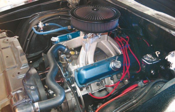 Fig. 6.3. At the car shows, most don't pay this Olds 455 much attention, but It makes about 620 hp. It's bored .030 over, has a 950-cfm QFT E85 carb sitting on a port-matched Edelbrock Victor manifold, Edelbrock Performer cylinder heads, hydraulic roller, and custom billet main girdle.