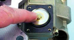 SA330_FULLBOOK_Holley Carbs Rebuild_Page_102_Image_0005