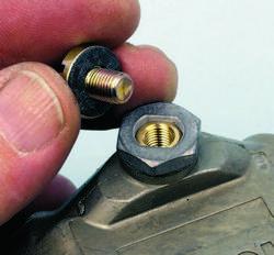 SA330_FULLBOOK_Holley Carbs Rebuild_Page_104_Image_0006