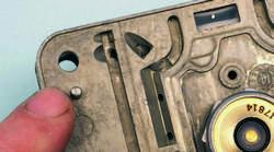 SA330_FULLBOOK_Holley Carbs Rebuild_Page_105_Image_0003