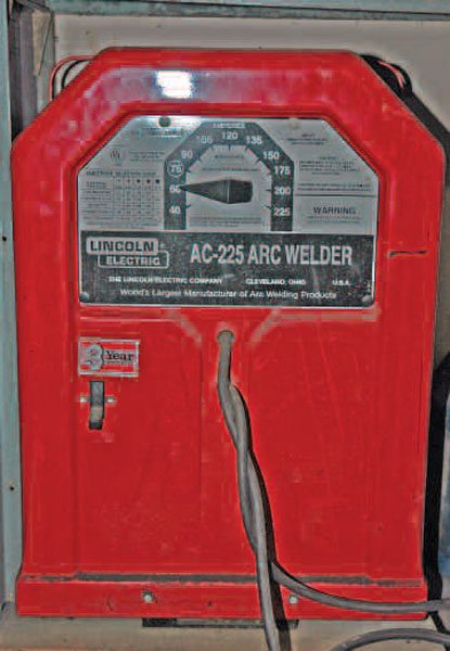 This is a basic Lincoln AC stick welder, known in the industry as a buzz box for its distinctive sound when welding. You can buy one of these on the used market for very little money. They last forever and can deliver good welds with practice.