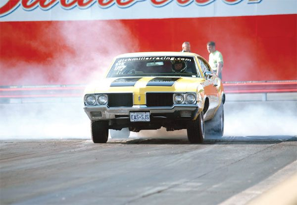 Drag Racing Traction: Rear Suspension: Coil Springs and Four-Link
