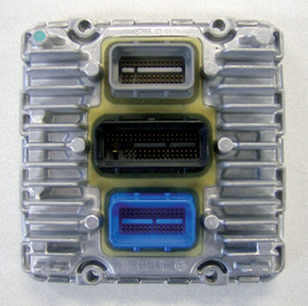 2.This ECU is from a Cadillac Northstar engine. With an advanced circuit board design, the majority of its surface area is filled by the actual wire harness connections.