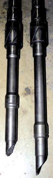 Here is a common 25-spline mainshaft (right) and one with a failure (left). Often, these early 25-spline designs did not survive the shock loads of power shifts nor startingline clutch dumps. The 28- and 31-spline mainshafts were a big improvement.