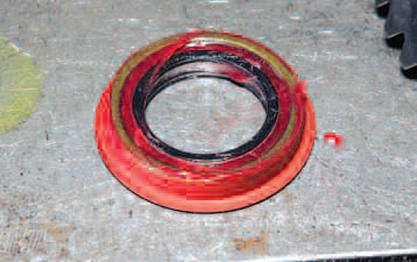 We want to pre-lube the wheel end seal with grease before installation. We need to grease the surface that will be in contact with the axle shaft.(Randall Shafer)