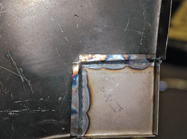 On the other side, you can see that there is excellent weld penetration through the metal. This is a good, solid weld.