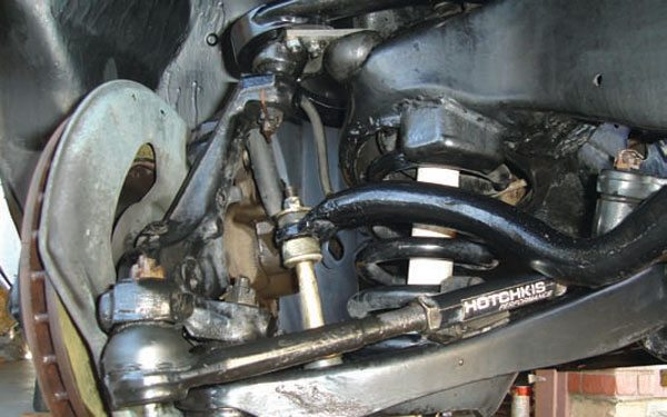 This GM A-body suspension is typical of most SLA (short/long arm) suspension designs with true A-shaped upper and lower A-arms. (Photo Courtesy Gary Forman)