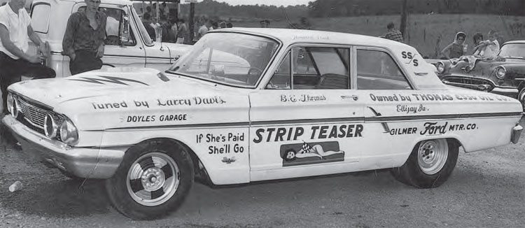 Super Stock classes created lots of buzz in the sport, and encouraged car manufacturers to build factory drag cars, such as the Ford Thunderbolt. This is the infamous Strip Teaser owned by Thomas Esso Oil Company and driven by Howard Neal. Small-time drag racers were soon touring the country on the Super Stock and match race circuits. (Photo Courtesy David Giles Collection)