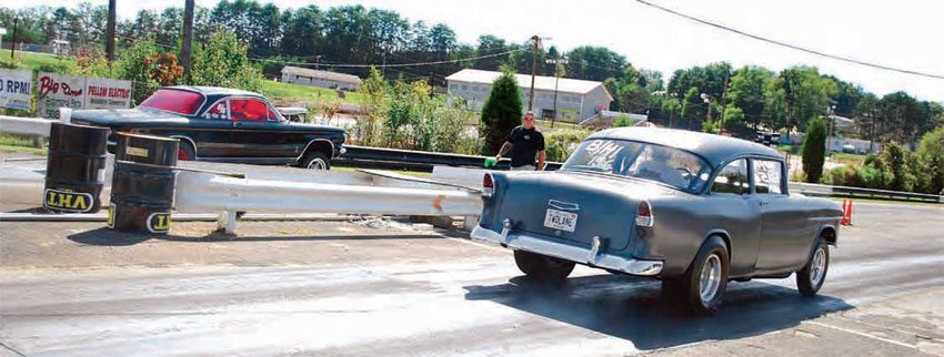 Although it is a little out of the 100-mile range, 411 Dragway in Seymour, Tennessee, holds at least one nostalgia drag event per year. Unfortunately, recent tribulations between property owners and the track management have put a damper on the track's future, despite many efforts to keep it alive.