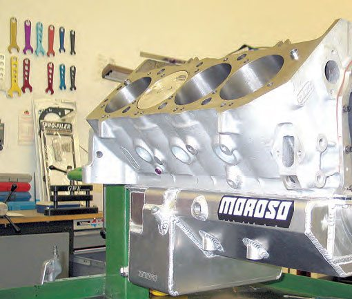 High-performance engines often benefit from a large-capacity custom oil pan. This oversize pan is installed on a Dart Big-M block fitted with a 4.750-inch stroker crank.