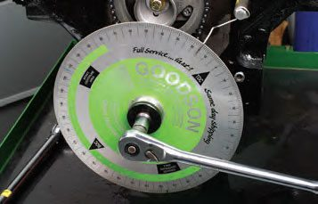If you rotate the crank too quickly or use a jerking motion, you can easily run past your intended point. If this happens, start over by rotating in the normal direction two more times. If you rotate in the opposite direction to try to hit your missed target, slack in the timing chain results in a false reading.