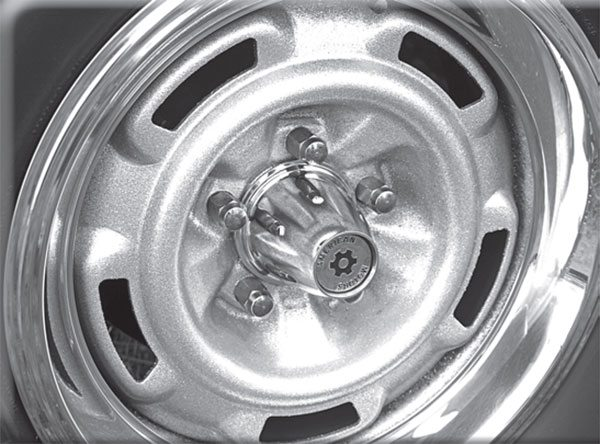 New for 1970, this wheel granted AMC passage into the modern age of 15-inch performance tires.