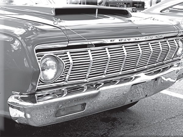What construction details made this 1964 A864 Race Hemi hood scoop different from the 1967 RO23 scoop?