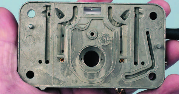 Curved Choke Plate With Mounting Screws Holley Choke Plate Kit
